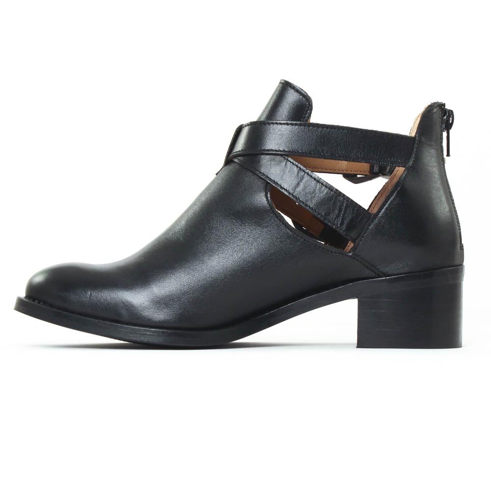 scarlatine 77204b noir boot d 39 t noir printemps t chez trois par 3. Black Bedroom Furniture Sets. Home Design Ideas