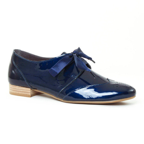 55cc7a4033fcb1 Chaussures À Lacets Scarlatine 8554e marine, vue principale de la chaussure  femme. derbys vernis bleu ...