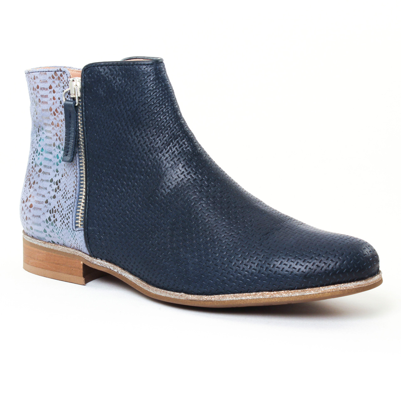 pintodiblu 76953 bleu boots bleu marine printemps t chez trois par 3. Black Bedroom Furniture Sets. Home Design Ideas