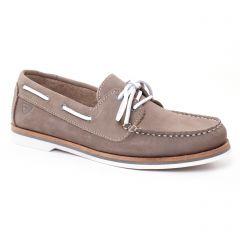 mocassins beige: même style de chaussures en ligne pour femmes que les Tamaris