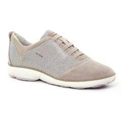 Geox D641Eg Taupe : chaussures dans la même tendance femme (tennis beige gris argent) et disponibles à la vente en ligne
