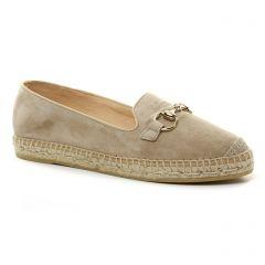 mocassins beige: même style de chaussures en ligne pour femmes que les Kanna