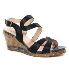 nu-pieds noir: même style de chaussures en ligne pour femmes que les Fugitive