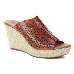 nu-pieds-talons-compenses marron: même style de chaussures en ligne pour femmes que les Scarlatine