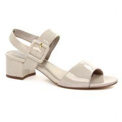 nu-pieds-talon beige: même style de chaussures en ligne pour femmes que les Scarlatine