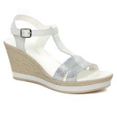 nu-pieds-talons-compenses blanc argent: même style de chaussures en ligne pour femmes que les Marco Tozzi