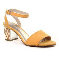 nu-pieds-talons-hauts jaune: même style de chaussures en ligne pour femmes que les Marco Tozzi