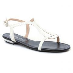 sandales blanc: même style de chaussures en ligne pour femmes que les Maria Jaén