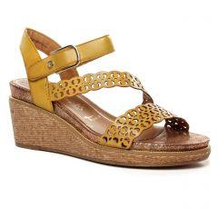 nu-pieds-talons-compenses jaune: même style de chaussures en ligne pour femmes que les Tamaris