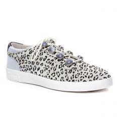 tennis beige léopard: même style de chaussures en ligne pour femmes que les Remonte