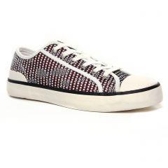 Fugitive Vulca Rouge : chaussures dans la même tendance femme (tennis rouge noir) et disponibles à la vente en ligne