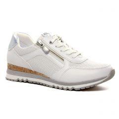 baskets-compensees blanc argent: même style de chaussures en ligne pour femmes que les Marco Tozzi