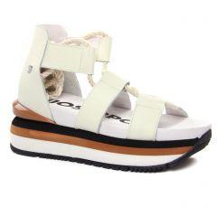 Chaussures femme été 2021 - nu-pieds compensés Gioseppo blanc cassé
