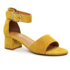 nu-pieds-talon jaune: même style de chaussures en ligne pour femmes que les Regarde Le Ciel