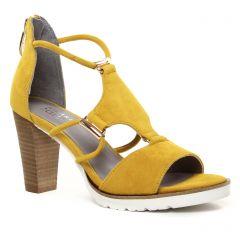 nu-pieds-talons-hauts jaune: même style de chaussures en ligne pour femmes que les Regarde Le Ciel