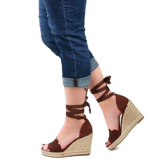 Chaussures femme été 2021 - espadrilles compensées tamaris marron