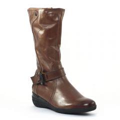 bottes-compensees marron: même style de chaussures en ligne pour femmes que les Gioseppo