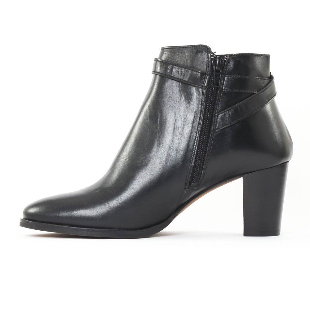 scarlatine 77305 noir boot talon noir automne hiver chez. Black Bedroom Furniture Sets. Home Design Ideas