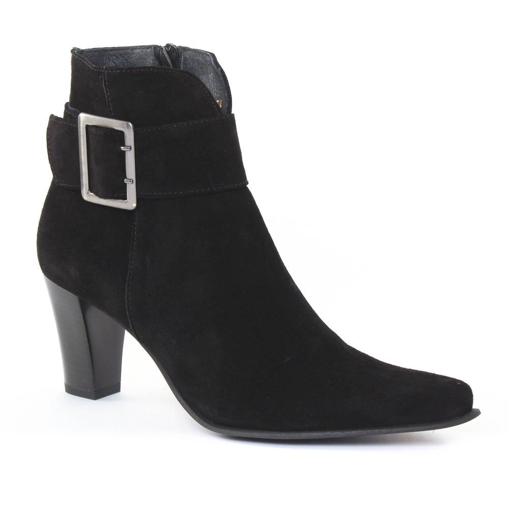 scarlatine fanta noir boot talon noir automne hiver chez trois par 3. Black Bedroom Furniture Sets. Home Design Ideas
