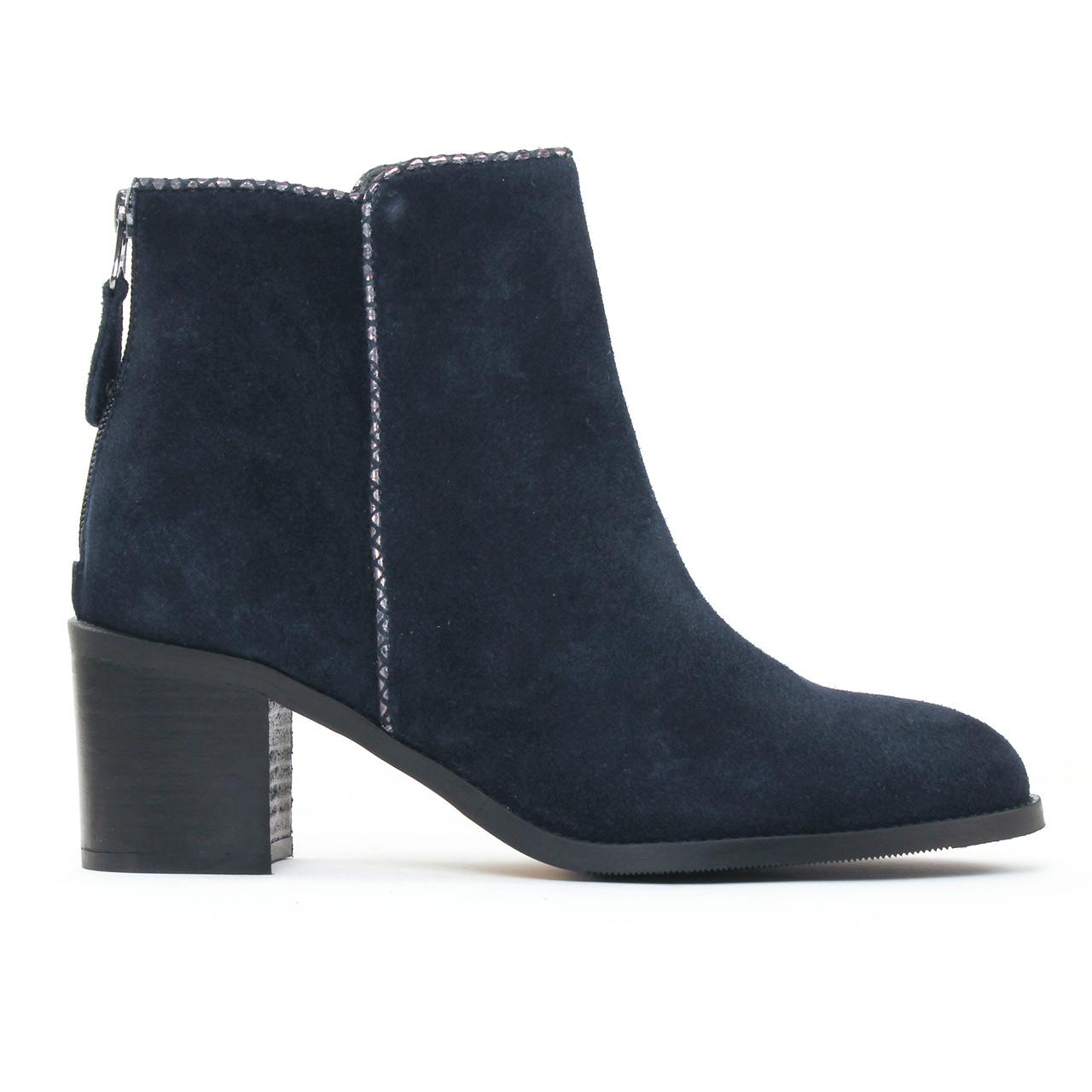 impact 701 marine boots bleu marine automne hiver chez trois par 3. Black Bedroom Furniture Sets. Home Design Ideas