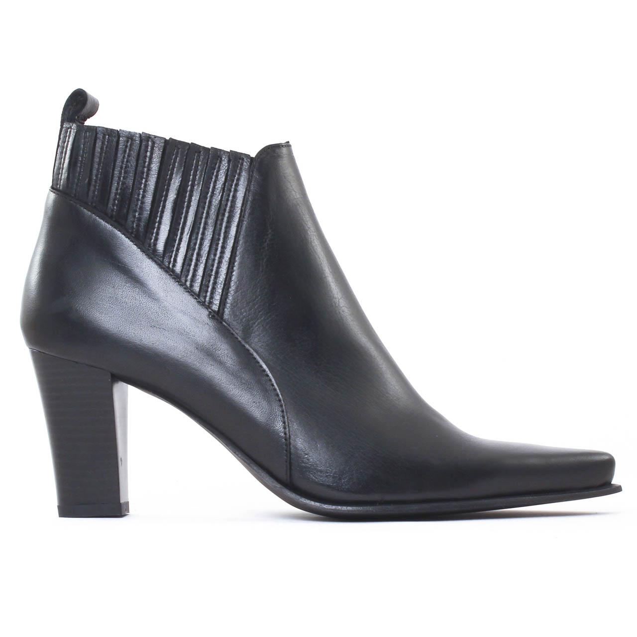 scarlatine fanet crust noir boot talon noir automne hiver chez trois par 3. Black Bedroom Furniture Sets. Home Design Ideas