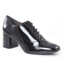 richelieus noir vernis: même style de chaussures en ligne pour femmes que les Tamaris