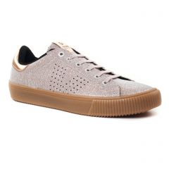 tennis rose doré: même style de chaussures en ligne pour femmes que les Tamaris