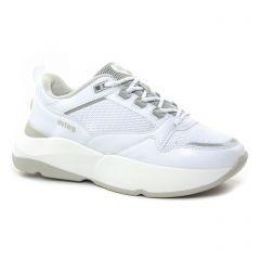 baskets-mode blanc gris: même style de chaussures en ligne pour femmes que les Mtng