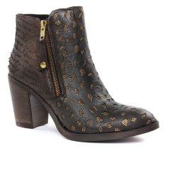 boots marron foncé: même style de chaussures en ligne pour femmes que les Scarlatine