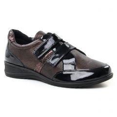mocassins-trotteurs marron doré: même style de chaussures en ligne pour femmes que les Rieker