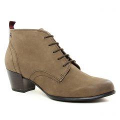 low-boots taupe: même style de chaussures en ligne pour femmes que les Tamaris