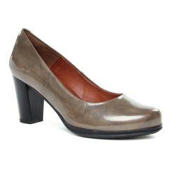 escarpins-confort beige vernis: même style de chaussures en ligne pour femmes que les Tamaris