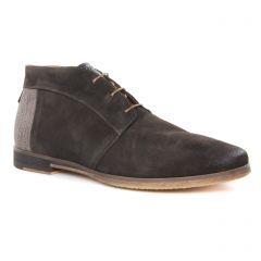bottines-chukka marron foncé: même style de chaussures en ligne pour hommes que les Lloyd
